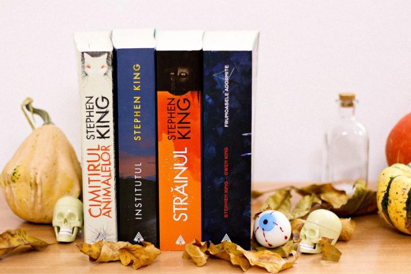 Zece cărți de Stephen King care îți vor da fiori